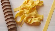 Amazon.com: Eppicotispai Beechwood Pappardelle Cutter Rolling Pin: Papardelle Rolling Pin: Kitchen & Dining