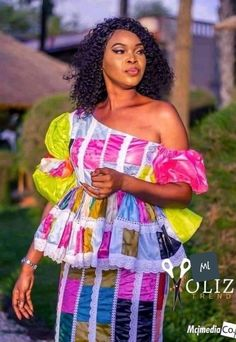Ankara Styles For Women, Latest Ankara Styles, Nigerian Men Fashion, Latest African Fashion Dresses, Senegalese Styles, October Fashion, Cute Spring Outfits, African Dress, African Style