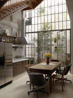 Wow I'm Totally In Love With This Giant Window Kitchen!