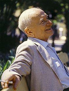 Mário de Miranda Quintana (Alegrete, 30 de julho de 1906 — Porto Alegre, 5 de maio de 1994)