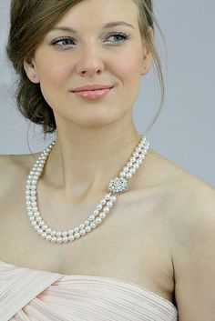 Wedding Pearl Necklace from