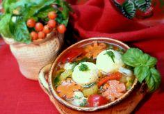 Легкий суп ОСЕННИЙ НОКТЮРН овощной с рисово- сырными  шариками с мясной начинкой.