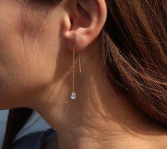 Zircon Threader Earrings / Gold Filled Threader Earrings / Dangling Diamond CZ Ear Threads / Gold Dangling Earrings / Crystal Chain Earrings Chain Earrings, Crystal Earrings, Initial Earrings, Dangle Earrings, Eye Necklace, Heart Earrings, Etsy Earrings, Dainty Gold Jewelry, Diamond Earing
