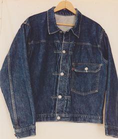 1940,Levi 506xx single pocket buckle back jacket.Via Tumblr.