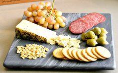 Basil & Olive Oil Asiago Pairing Plate .jpg (583×359)