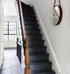 Top 70 Best Painted Stairs Ideas - Staircase Designs Basement Stairs, House Stairs, Cottage Staircase, Front Stairs, Basement Ideas, Black Stairs, Black Painted Stairs, Black Wooden Floor, Brooklyn Style