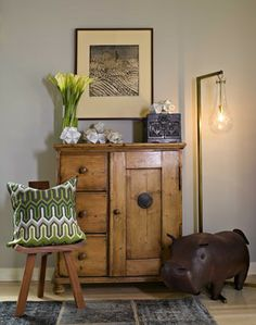 These are the brilliant designers ELLE Decor looks to again and again for incredible interiors that are livable yet stunning. Decor Favorites, Interior Design Bedroom, Decor, House Interior, Furniture, Elle Decor, Bedroom Interior, Home Decor, Masculine Interior
