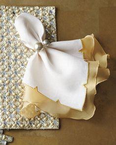 Kim Seybert Diamond Placemat, Divot Napkin, & Pearl Napkin Ring
