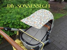 Awning for the stroller - Baby Accessoires - Freebooks Nähen - Unsere Kinder und Mehr Sewing Patterns For Kids, Sewing For Kids, Baby Sewing, Diy For Kids, Baby Presents, Baby Gifts, Baby Supplies, Parasol, Baby Carriage