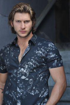 It's all about Greyston Holt~!
