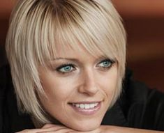 Short hairstyles fine hair Long Hair Styles With Layers Fine Hair Hairstyles Short Short Hairstyles Fine, Haircuts For Fine Hair, Hairstyles With Bangs, Short Haircuts, Trendy Hairstyles, Wedding Hairstyles, Short Hair With Layers, Short Hair Cuts For Women, Medium Hair Styles