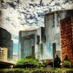 The back side of City Center Las Vegas taken from the freeway as I drove past. Love seeing the architecture there. Las Vegas Love, Las Vegas Tips, Las Vegas Usa, Visit Las Vegas, Las Vegas Hotels, Vegas Casino, Vdara Las Vegas, Nevada, Las Vegas Buffet
