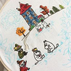 moomin embroidery Embroidery Hoop Crafts, Embroidery Hoop Art, Cross Stitch Embroidery, Embroidery Patterns, Cross Stitch Patterns, Felt Applique, Fauna, Crafty Projects, Textiles
