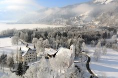 Schloss Prielau Hotel & Restaurants**** : hotel in Zell am See Austria Winter, Zell Am See, Salzburg Austria, To Go, Hotels, Falling From The Sky, Winter Wonderland Christmas, Beautiful Wedding Venues, Winter Holidays