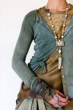 robin kaplan design......BEAUTIFUL clothes......have some silk pants & silk cardi.......yummy.......summery.......