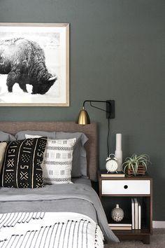 » I SPY DIY DESIGN | Woodsy Bedroom Makeover #WallSconces