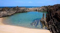 Galicia - Playa de As Furnas, Porto do Son Sea Life Art, Beach Vibes, Travel Goals, Spain Travel, Ibiza, Places To Travel, Beautiful Places, Scenery, Portugal