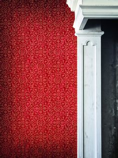 Hedge is a popular curvilinear patterned design with a high level of detailing. It will have a huge impact on any room.
