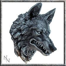 WOLF HEAD PLAQUE NEW AND BOXED MADE FROM RESIN werewolf NEMESIS NOW WALL MOUNTED