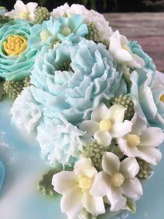 Agar Agar Jelly, Bolo Floral, Jelly Cake, Thai Dessert, Cute Food, Pudding, Chocolate, Cream, Rose