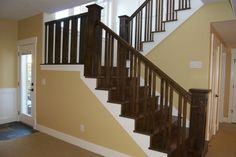Nice Craftsman staircase Craftsman Staircase, Beautiful Stairs, Wooden Stairs, Mud Rooms, Wood Trim, Foyers, Railings, Craftsman Style, Staircases