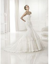 Pronovias te presenta el vestido de novia Barquilla. Costura 2015.   Pronovias