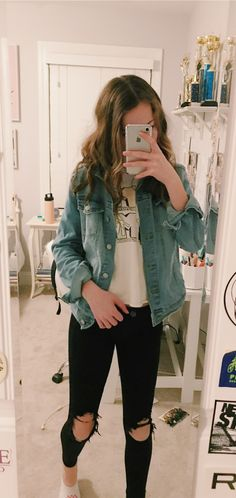 cute outfits for school for highschool ~ cute outfits . cute outfits for school . cute outfits for winter . cute outfits with leggings . cute outfits for school for highschool . cute outfits for women . cute outfits for school winter Cute Outfits With Leggings, Cute Comfy Outfits, Cute Casual Outfits, Retro Outfits, Vintage Outfits, Cute Jean Jacket Outfits, Stylish Outfits, Lazy Outfits, Girly Outfits