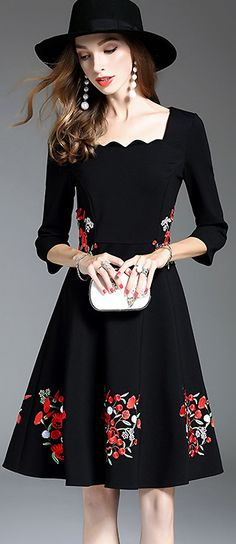 Retro Square Neck 3/4 Sleeve Embroidery Skater Dress