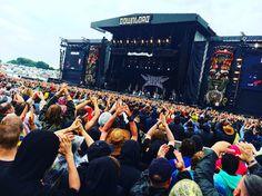 """BABYMETAL on DOWNLOAD UK 2016 !! """"  言葉にならない。 #BABYMETAL #DL2016 """"  via JUKE_METAL@聖地巡礼→東京D@JUKE_METAL"""