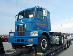 Classic Mack Trucks | 10-4 Magazine - For Today's Trucker