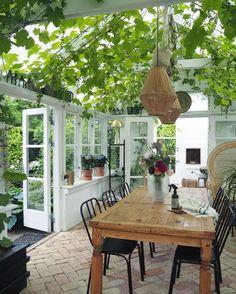 amazing greenhouse in Aalborg, Denmark Backyard Greenhouse, Backyard Patio, Greenhouse Ideas, Pergola Patio, Outdoor Rooms, Outdoor Living, Indoor Outdoor, Indoor Plants, Patio Design