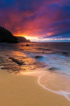 Sunset over the Na Pali Coast from Hideaways Beach, Princeville, Kauai, Hawaii Photographic Print by Russ Bishop Beautiful Beach Pictures, Beach Photos, Beautiful Sunset, Pictures Of The Beach, Beach Sunset Pictures, Most Beautiful Beaches, Vacation Pictures, Beach Photography, Nature Photography