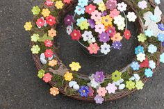 Ceramic Flowers, Clay Flowers, Air Dry Clay, Totems, Clay Projects, Home Deco, Terracotta, Polymer Clay, Floral Wreath