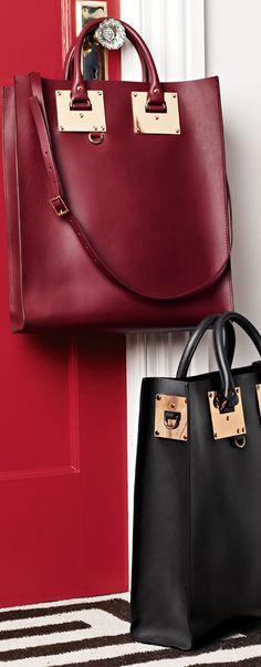 Pinned this Bag already , but i love it! Sophie Hulme Signature Leather Tote♥✤
