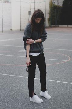 grey sweatshirt + back cropped pats + fresh white sneakers