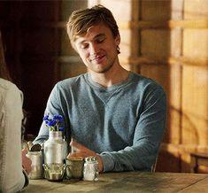 Narnia Cast, William Moseley, Love Can, Royals, It Cast, Lol, Actors, Mens Tops, Boyfriends