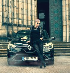 Autfit k Renault Clio New Renault Clio, Jennifer Lopez, Punk, Michael Kors, Sport, Lifestyle, Fashion, Moda, Deporte
