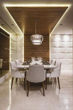 Do you want to have a modern dining room? Here you'll find the best ideas to do it! With top furniture and best interior design, here you have contemporary and modern ideas for you dining room decor Ceiling Design Modern, Dining Room Contemporary, Luxury Dining, Dining Room Ceiling, Modern Dining, Luxury Dining Room, Room Design, Home Decor, Dining Room Design Modern