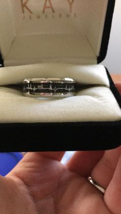 I decided since my amazing boyfriend gave me a promise ring that I should do the same for him. This is a heart beat wedding band turned promise ring! - May 04 2019 at Matching Promise Rings, Promise Rings For Him, Rings For Men, Boyfriend Promise Ring, Engagement Gifts For Him, Relationship Jewelry, My Amazing Boyfriend, Boyfriend Stuff, Wedding Bands For Him