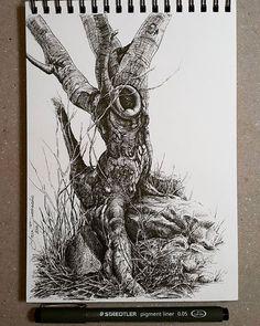 Lidia Barragán. #sketch #dibujo #drawing #tree #deadtree #árbol #fineliner #fineline #arbol #sketchbook #cuaderno #treedrawing