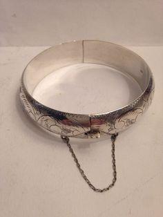 Online veilinghuis Catawiki: Zilveren gegraveerd slavenarmband