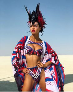 Best Outfits of Burning Man 2019 - Fashion Inspiration and Discovery Festival Gear, Music Festival Outfits, Festival Costumes, Festival Fashion, Burning Man Girls, Burning Man Art, Burning Man Fashion, Burning Man Outfits, Rave Outfits