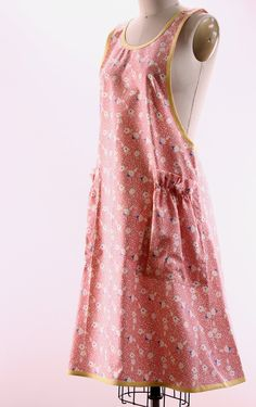 No Tie Apron in Vintage Pink Floral - The Vermont Apron Company
