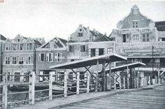 1920 Queen Emma Bridge