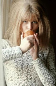 Julie Christie having breakfast