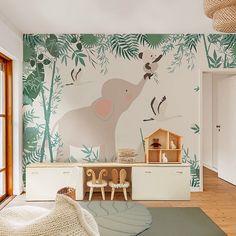 Little Hands Wallpaper - maßgeschneidert - Miku Stars Baby Bedroom, Nursery Room, Kids Bedroom, Kids Room Design, Nursery Design, Playroom Decor, Baby Room Decor, Little Hands Wallpaper, Safari Room
