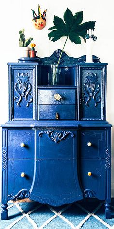 Clever Ideas for Antique Furniture! <3