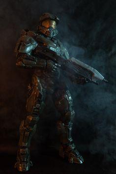 why i love halo. Master Chief And Cortana, Halo Master Chief, Halo Poster, Cortana Halo, Halo Funny, Gundam, John 117, Transformers, Halo Spartan