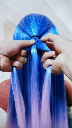 Cute Hairstyles For Medium Hair, Cute Simple Hairstyles, Up Hairstyles, Pretty Hairstyles, Hair Up Styles, Medium Hair Styles, Aniversary Cards, Temporary Hair Dye, Blue Ombre Hair