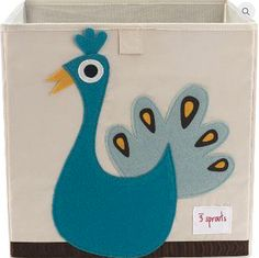 3 Sprouts Peacock Storage Box are perfect for the nursery, kids bedroom or playroom for storing toys or clothes. The storage boxes have reinforced sides with cardboard and is made from 100% polyester with a 100% polyester felt applique.